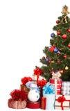 Albero di Natale, contenitore di regalo del gruppo e pupazzo di neve. Fotografia Stock Libera da Diritti