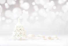 Albero di Natale decorativo con il nastro Fotografia Stock Libera da Diritti