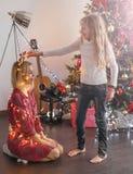 Albero di Natale della decorazione della famiglia fotografie stock libere da diritti