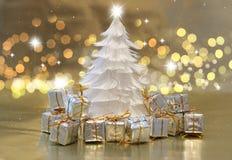 Albero di Natale della piuma con i regali Fotografie Stock Libere da Diritti