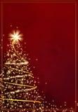 Albero di Natale dorato astratto su priorità bassa rossa Fotografia Stock Libera da Diritti