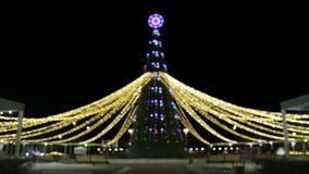 Albero di Natale e decorazione del nuovo anno Ghirlanda di lampeggiamento e di scintillio archivi video