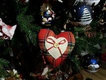 Albero di Natale e decorazioni di natale Immagini Stock Libere da Diritti