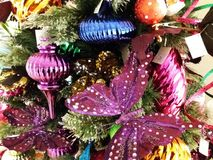 Albero di Natale e decorazioni di natale Fotografia Stock Libera da Diritti