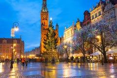 Albero di Natale e decorazioni in vecchia città di Danzica Immagini Stock