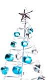 Albero di Natale fatto dai segnalatori acustici di tintinnio fotografia stock