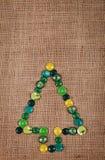 Albero di Natale fatto dei bottoni Fotografia Stock Libera da Diritti