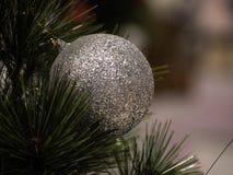 Albero di Natale nell'interiore fotografia stock libera da diritti