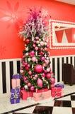 Albero di Natale rosa elegante Fotografia Stock Libera da Diritti