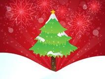Albero di Natale su fondo rosso con i fiocchi di neve Fotografia Stock Libera da Diritti