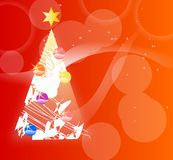 Albero di Natale sui precedenti rossi Immagini Stock Libere da Diritti