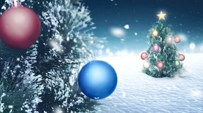 Albero di Natale sulla terra della neve Fotografia Stock