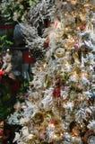 Albero di Natale variopinto Immagini Stock