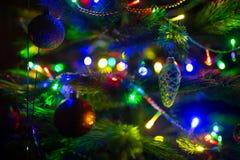 Albero di Natale variopinto della sfuocatura Fotografie Stock Libere da Diritti