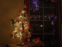 Albero di Natale vibrante dolce dell'argento del ` s del bambino Fotografia Stock Libera da Diritti
