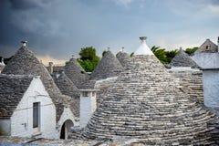 alberobello意大利 阿尔贝罗贝洛美丽的镇有trulli的安置s 库存照片