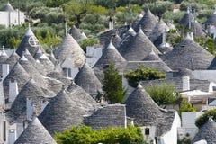 Alberobello (Apulia, Italie) : Panorama Photographie stock libre de droits