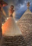 Alberobello: szczegół trullo suchy kamieniarstwo Włochy, Apulia Apulian zmierzch: widok od dachu trulli zdjęcie royalty free