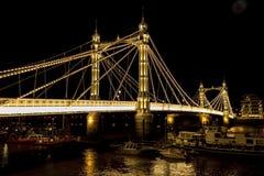 Albert Bridge à Londres photographie stock libre de droits