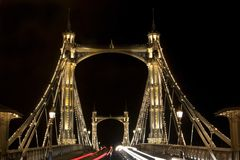 Albert Bridge in Londen. Nacht Royalty-vrije Stock Afbeelding