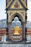 Albert-Denkmal von der Rückseite mit Albert Hall Stockbild
