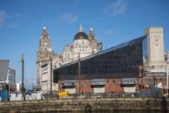 Albert Dock é um complexo de construções e de armazéns da doca em Liverpool, Inglaterra Fotos de Stock