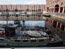 Albert Dock i Liverpool royaltyfri foto