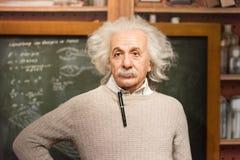 Albert Einstein vaxdiagram på museet för madam Tussauds i Istanbul fotografering för bildbyråer