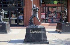 Albert Fred Schoendienst Statue, St. Louis céntrico Foto de archivo