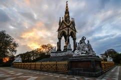 Albert Memorial, London bei Sonnenuntergang Stockfoto