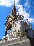 Albert Memorial London, Kensington trädgårdar Royaltyfria Bilder