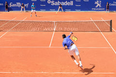Albert Ramos Vinolas (spansk tennisspelare) lekar på ATPEN Barcelona öppnar BancSabadell Conde de Godo turnering Arkivfoto