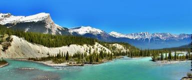 alberta Канада Прерия, горы и озера стоковые фото