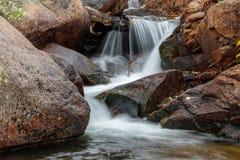 Alberta Falls Rocky Mountain National parkerar Royaltyfri Bild