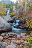 Alberta Falls Rocky Mountain National parkerar Royaltyfria Bilder