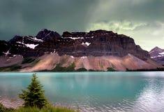 Alberta glaciärsjö Fotografering för Bildbyråer