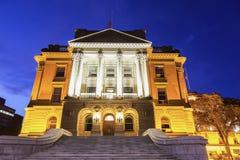 Alberta Legislative Building på natten Fotografering för Bildbyråer