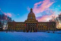 Alberta władzy ustawodawczej ziemie na zima dniu Edmonton, Alberta, Kanada zdjęcie stock