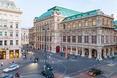 Albertinaplatz med den statliga operan, Wien Fotografering för Bildbyråer