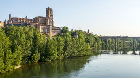 Albi, bridge over the Tarn river. Albi (Tarn, Midi-Pyrenees, France) - Panoramic view from the ancient bridge over the Tarn river Royalty Free Stock Images