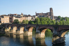 Albi, bridge over the Tarn river. Albi (Tarn, Midi-Pyrenees, France) - Panoramic view from the ancient bridge over the Tarn river Stock Photo