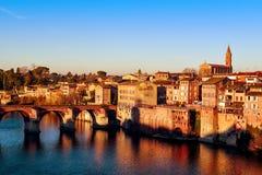 Albi, in Frankreich und in Tarn-Fluss lizenzfreies stockfoto