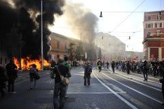 Alborotos en Roma - protesta italiana de los estudiantes Imágenes de archivo libres de regalías