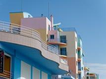 ALBUFEIRA, ЮЖНОЕ ALGARVE/PORTUGAL - 10-ОЕ МАРТА: Красочное Buil Стоковое Изображение