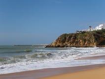 ALBUFEIRA, POŁUDNIOWY ALGARVE/PORTUGAL - MARZEC 10: Widok być Obraz Stock