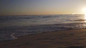 ALBUFEIRA - Vendaval da Dinamarca do Praia, o Algarve, Portugal vídeos de arquivo