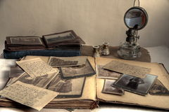 albumu książkowych listów stare fotografie pocztówkowe zdjęcia stock