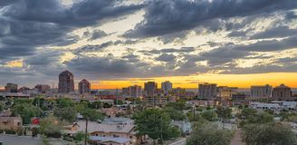 Albuquerque, Nowy - Mexico linia horyzontu zdjęcia stock