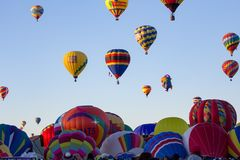 ALBUQUERQUE NYA - Mexico - OKTOBER 06, 2013: Baloon för varm luft Fiesta i Albuquerque som är ny - Mexiko Arkivfoto