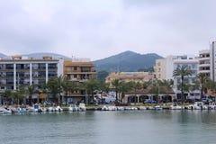 ` Alcúdia del puerto d, en Mallorca Imágenes de archivo libres de regalías